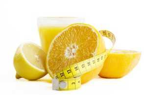 cara melembabkan bibir kering dengan bahan alami dengan lemon
